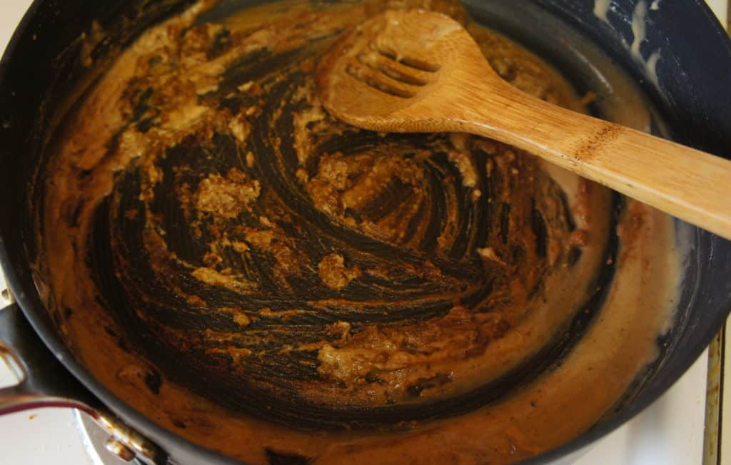 How to make roux: it burns quickly over high heat and without stirring.