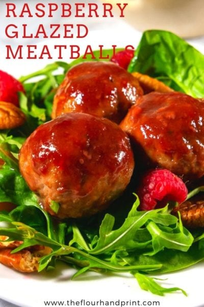 Close up green salad with beets and meatballs